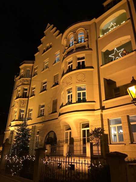 ++ Einzigartige Penthouse-Wohnung mit 60 qm Dachterrasse ++ in Augsburg-Innenstadt