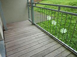 großer Balkon...