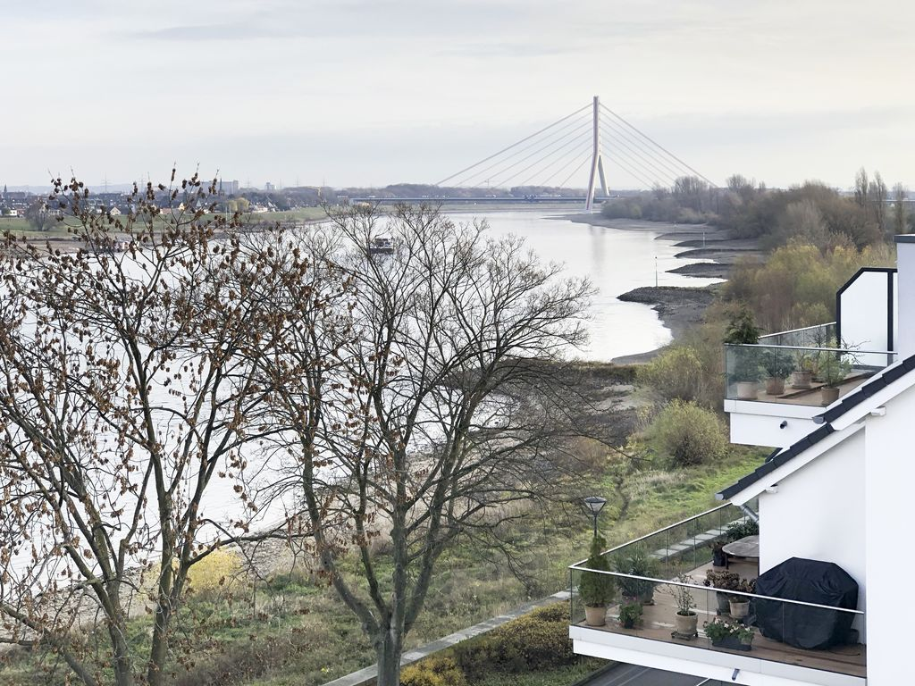 01 Blick auf Fleher Brücke