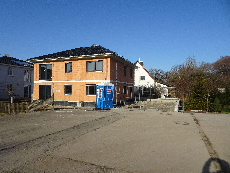 Erstbezug: Attraktive 4-Zimmer-EG Wohnung mit Terrasse in Bergkirchen/Günding in Bergkirchen