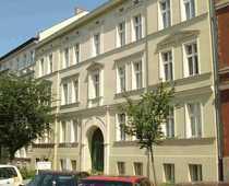 Großzügige Dreiraum-Dachgeschosswohnung in zentraler Stadtlage