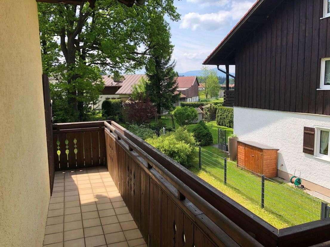 2-Zimmer-Wohnung + Garage mit Balkon und Blick auf den Hochfelln in