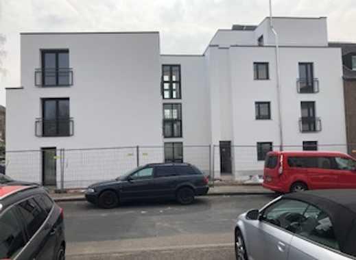 Hochwertige Wohnung mit Balkon und Gartenanteil