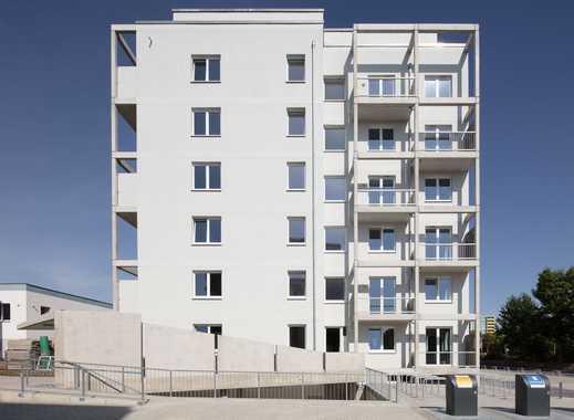 Toller Weitblick über Berlin! Moderne 3-Zimmer-Dachgeschosswohung mit einladender Südterrasse
