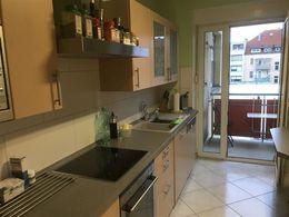 Küche u. Zugang Balkon