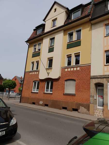 Wir haben ihr Zuhause! Renovierte 4- Zimmer Wohnung im  1.OG mit Balkon/Stadtmitte! in City (Bayreuth)