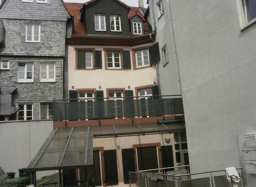 Wunderschönes Haus (3 Etagen ), 5 ZkBGWC, EBK, Terrasse, mitten in der Mainzer  Altstadt