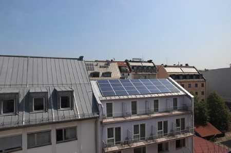 Frisch renovierte 3-Zi. Dachgeschoss-Whg. im Münchner Zentrum in Maxvorstadt (München)