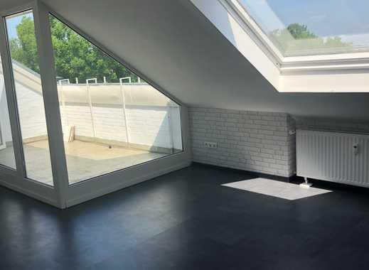 Sanierte, helle 2-Zimmerwohnung mit großem Balkon