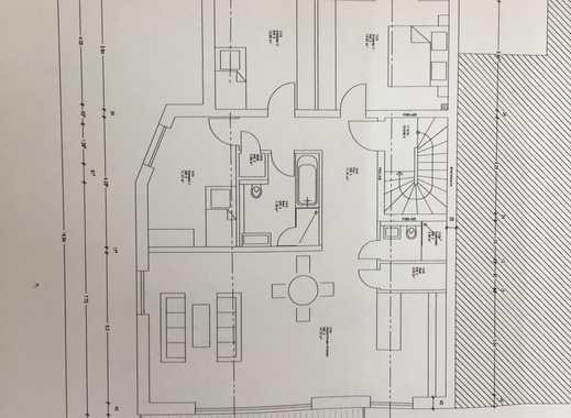 Exklusive, neuwertige 4-Zimmer-Wohnung mit Balkon und Einbauküche in Düsseldorf