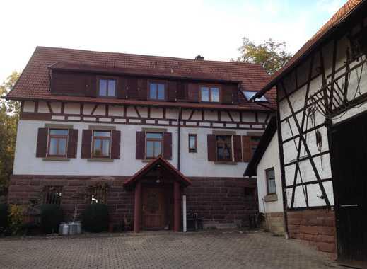 Helle und sonnige Dachgeschoßwohnung (2,5 Zimmer, 73qm) - Perfekt für Paare