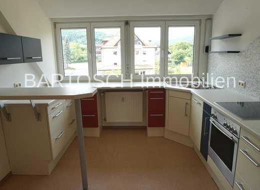 **420,-  für 56 m²**  *2 Zimmer-DG-Wohnung - neues Bad - incl. EBK