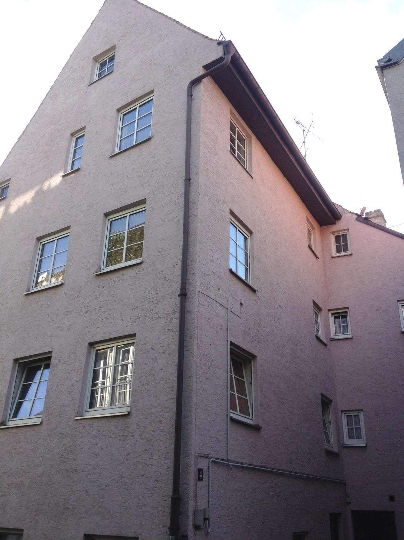 Auch als WG geeignet: Liebevoll sanierte Altbauwohnung im Herzen von Augsburg in