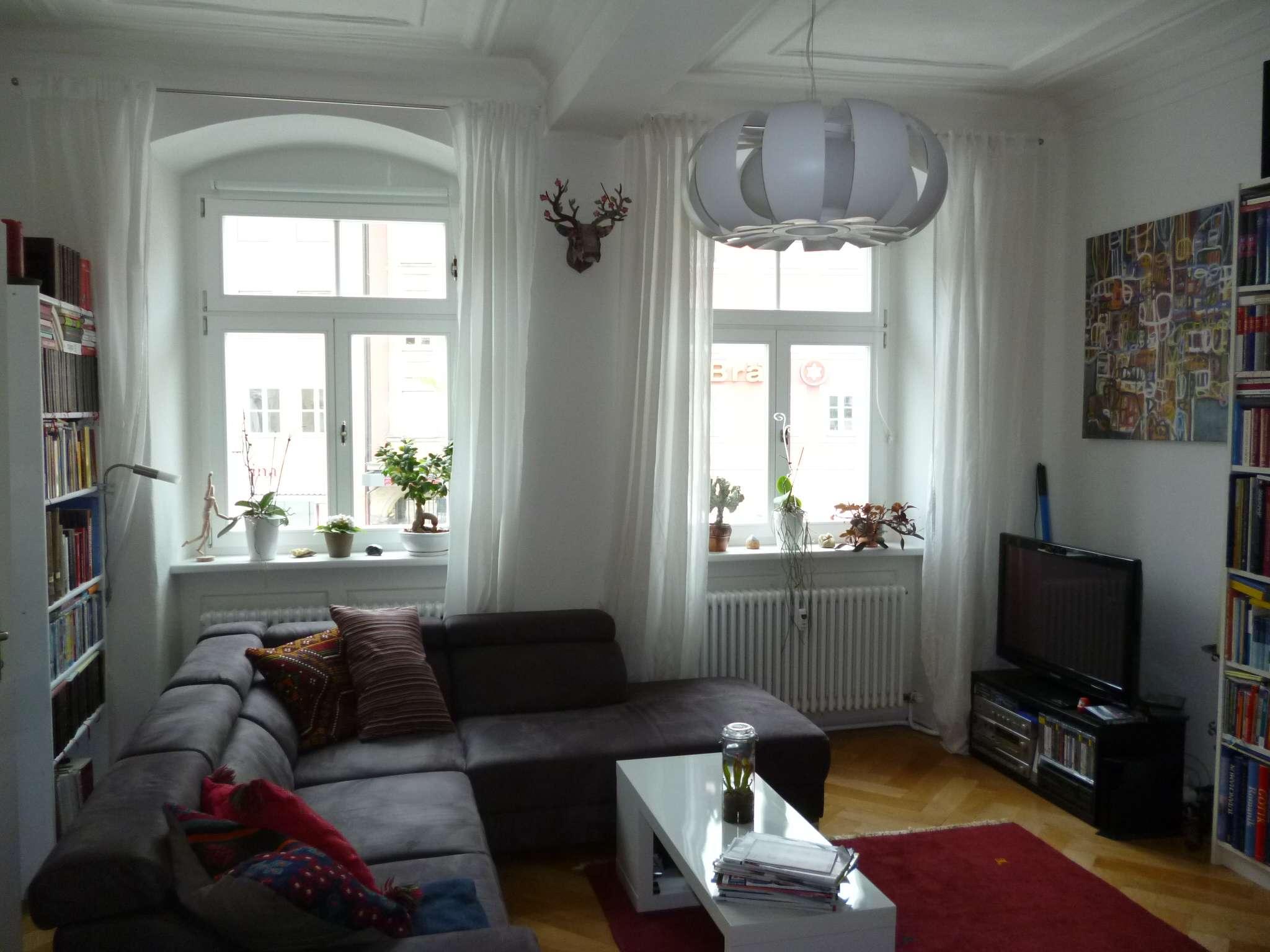 **Stilvolle 4-Zimmer-Altbauwohnung in der Fußgängerzone** in