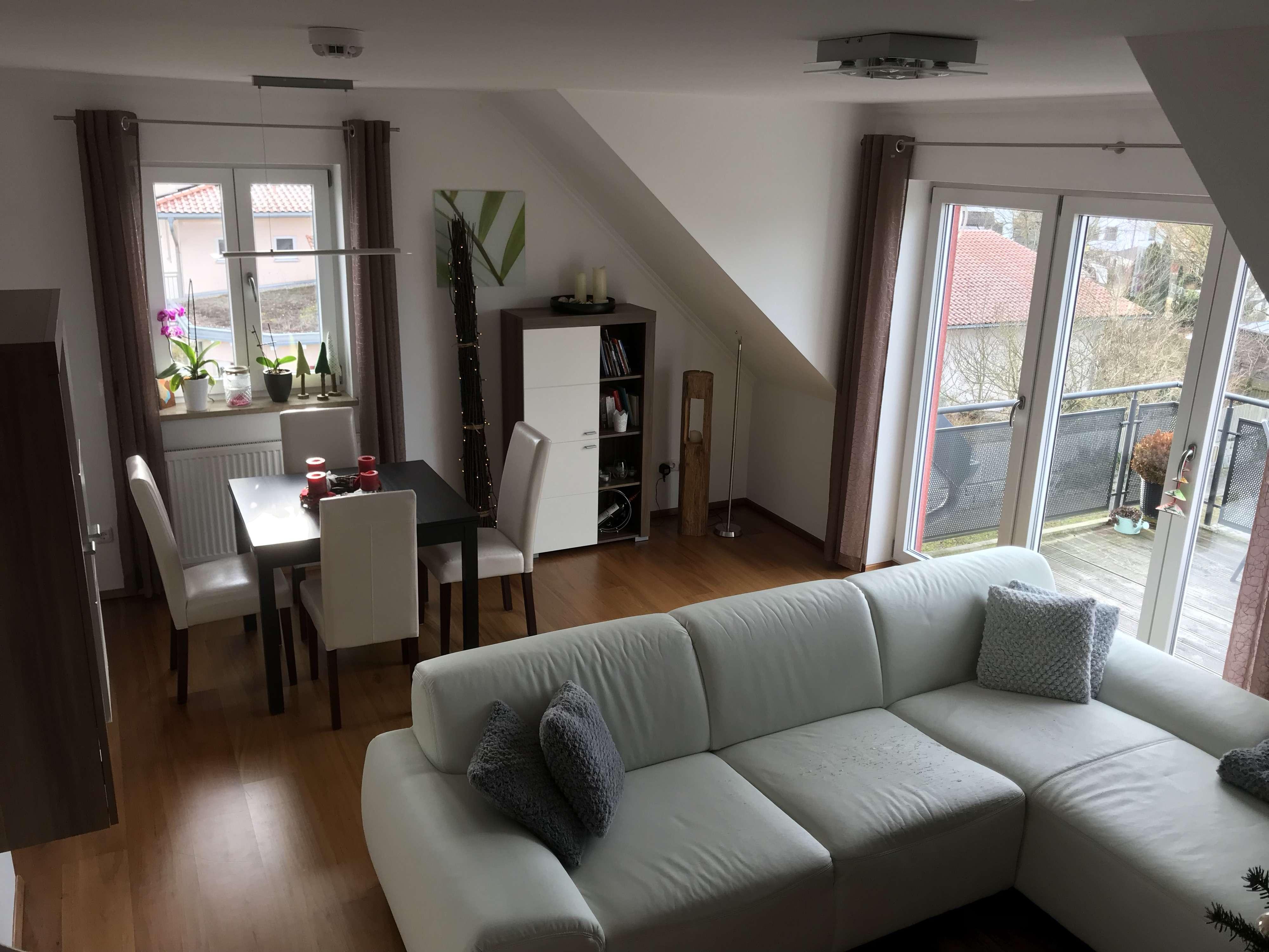 860 €, 85 m², 3 Zimmer in