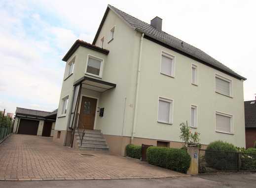 PROVISIONSFREI für Käufer – Zweifamilienhaus mit Garage und viel Grün in Emmerthal-Kirchohsen zu ver