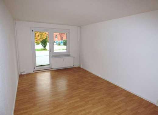 Erstbezug nach Sanierung! Zentrumsnahe Singlewohnung mit großer Küche