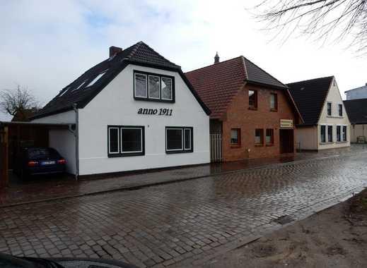 Neu renovierte 2,5 Zimmer Wohnung in Heide 300m bis zur Stadtmitte