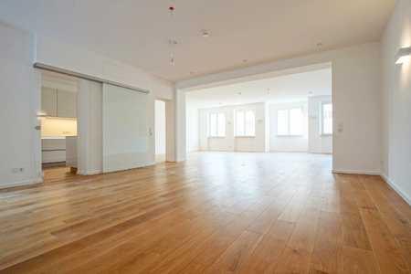Exklusive und moderne Wohnung auf 153 m² direkt in der Augsburger Innenstadt in Augsburg-Innenstadt