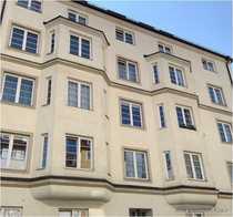 elvirA Neuhausen - Kapitalanlage großzügige 2-Zimmer-Altbauwohnung