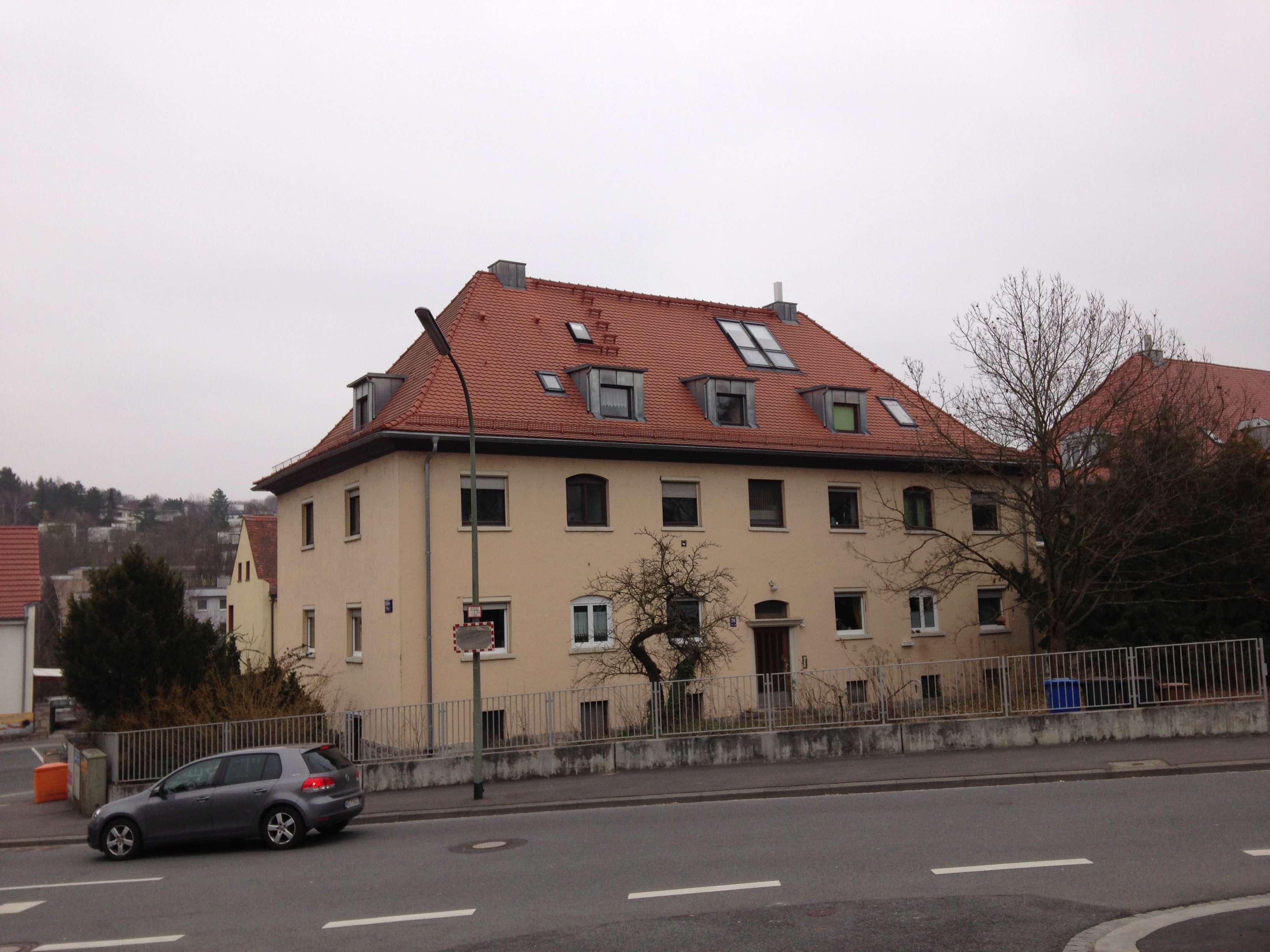 Gemütliche 2-Zimmer Dachgeschosswohnung in Grombühl (Würzburg)