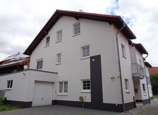 Großzügiges, gepflegtes Doppelhaus in ruhiger Lage als Kapitalanlage! Über 7% Rendite!