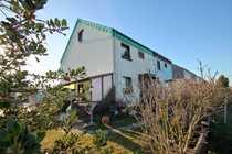 Doppelhaushälfte mit klasse Grundstück in
