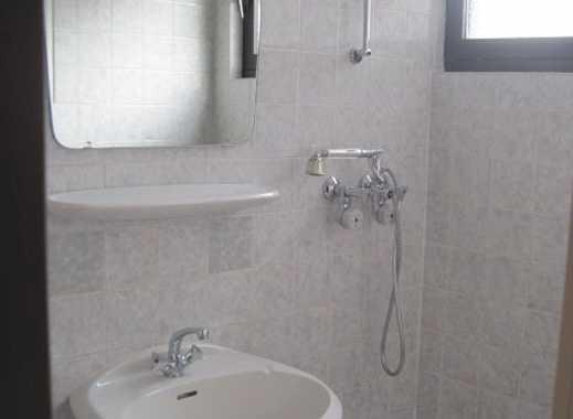 Gemütliche 1-Zi.- Wohnung m.EBK, großes Duschbad, Stellplatz