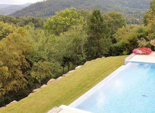 Baden-Baden: Exklusive, neuwertige Villa mit einzigartigem Ausblick auf den Merkur!