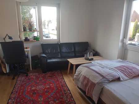Stilvolle, gepflegte 1-Zimmer-Wohnung mit Einbauküche in Regensburg für Studenten in Westenviertel (Regensburg)