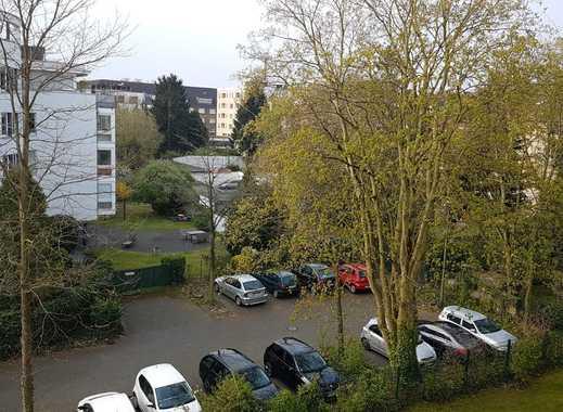 PROVISIONSFREI - Gepflegte 2-Zimmer-Wohnung mit Balkon und EBK in Weidenpesch, Köln