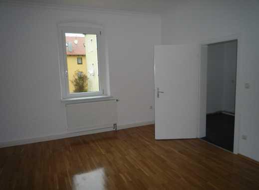 Top 3 -Zimmer-Wohnung  mit hohen Räumen, top saniert, Nähe Rewag ,Zentrumsnah