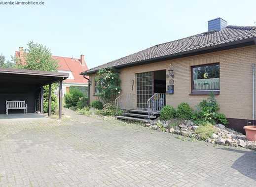 Gepflegtes Einfamilienhaus mit Vollkeller und gr. Garten
