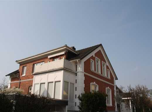 Top-Wohnung in Zwei-Familien-Haus in ruhiger Lage
