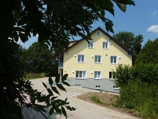Maisonette in ruhiger Lage in Top sanierten Niedrigenergiehaus - Provisionsfrei in Weil (Landsberg am Lech)