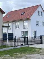 Doppelhaushälfte in Berlin Biesdorf mit