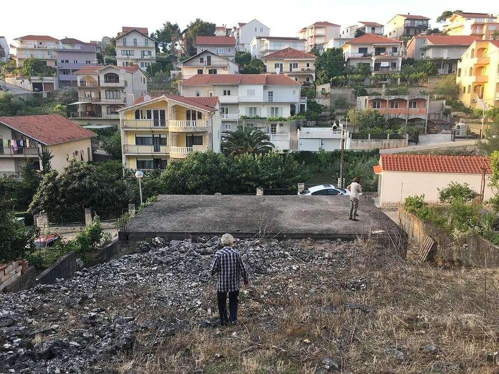 Kroatien: Baugrundstück in Trogir auf der Insel Ciovo