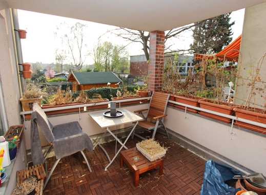 Gut geschnittene 3 Zimmer Wohnung - Laminatboden - Balkon!