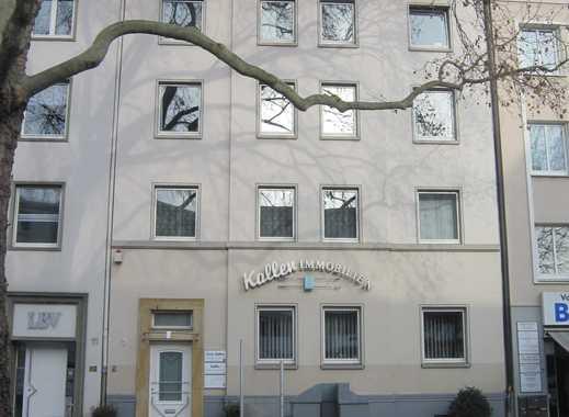 Schöne 3 Zimmerwohnung mit Balkon! Klinikviertel