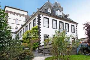 12 Zimmer Wohnung in Mayen-Koblenz (Kreis)