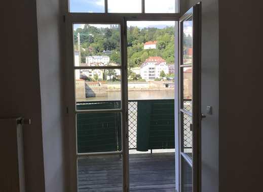 Attraktive 2-Zimmer-Wohnung mit Balkon und Oberhausblick in der Passauer Altstadt