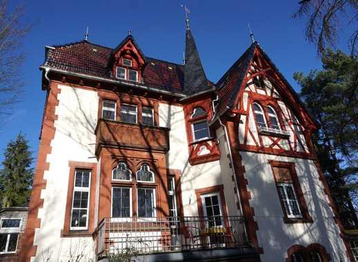 Jugendstilanwesen am Schloss, großzügige, stilvolle Wohnung mit Balkon