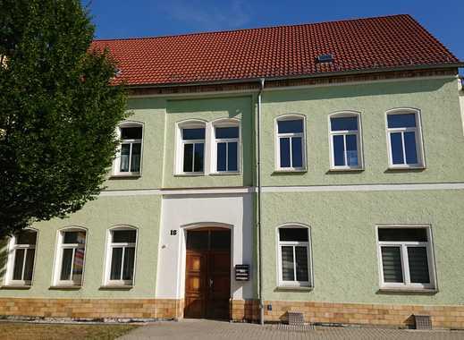 frisch renovierte 2 Raum- Wohnung in Marktnähe