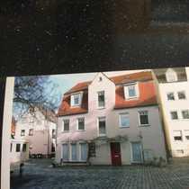 Gepflegte 4-Zimmer-Maisonette-Wohnung mit EBK in