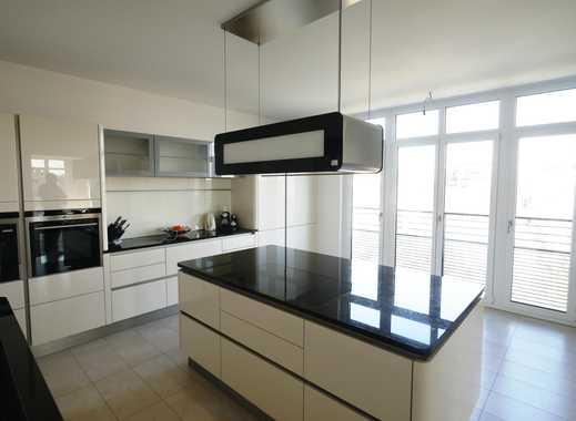 exklusiver Luxus auf 350m²-Lift hält in der Whg. komplette Etage mit 7 Zi. für Sie und Ihre Familie!