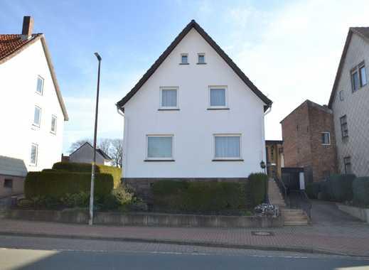 Einfamilienhaus mit Garage in 37632 Eschershausen
