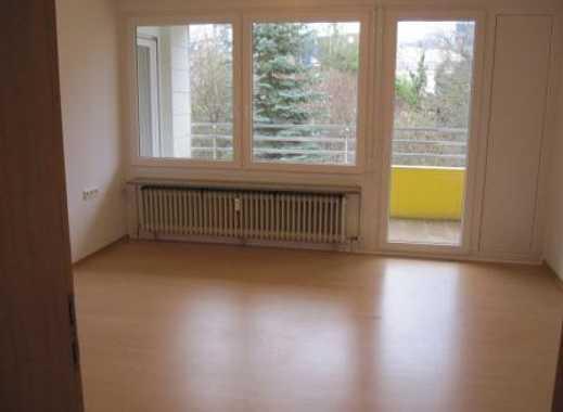 Großzügige 2-Zimmer-Wohnung mit Balkon in Stuttgart-Möhringen