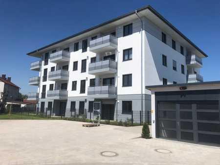 Erstbezug im SONNENPALAIS: Attraktive 3-Zimmer-Wohnung in Ampfing, Einbauküche, Balkon, Tiefgarage in Ampfing