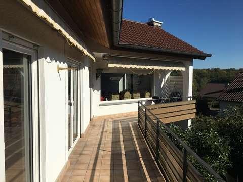 1-Fam.-Haus+ELW,Nfl.294m²,+2Garagen+o.Kamin+Balk.+Terrasse ...