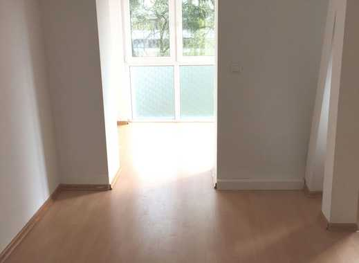 Moderne 3 Raumwohnung mit offener Küche im 2. OG rechts mit Balkon (406)